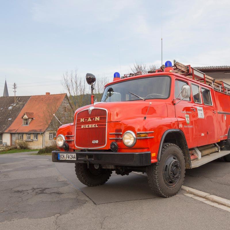 Löschgruppenfahrzeug (LF 16)