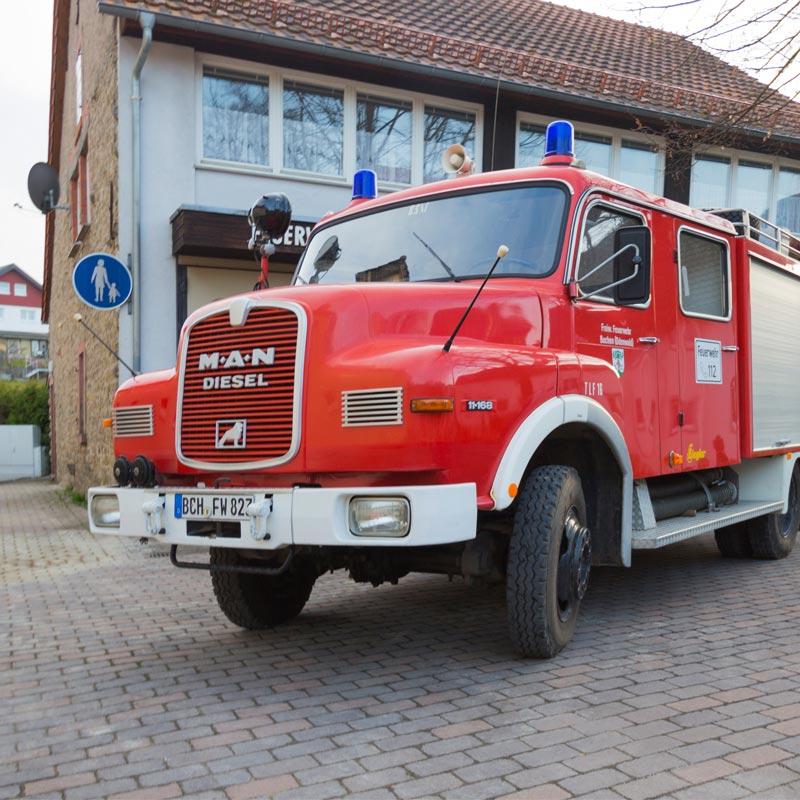Tanklöschfahrzeug (TLF 16)